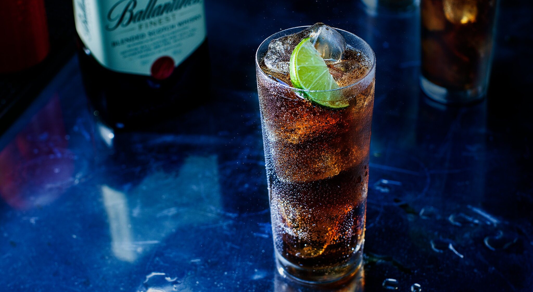 Ballantine's Finest & Cola