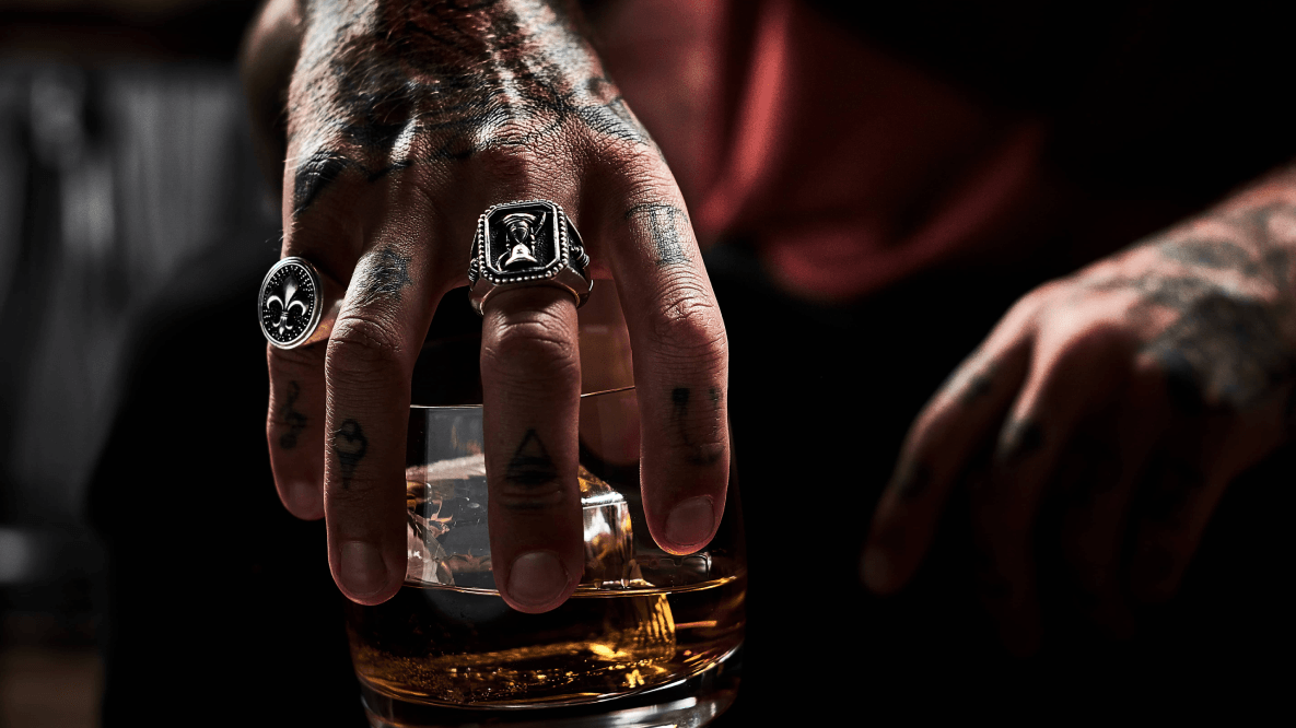 Ballantine's 7 Bourbon Finish in glass