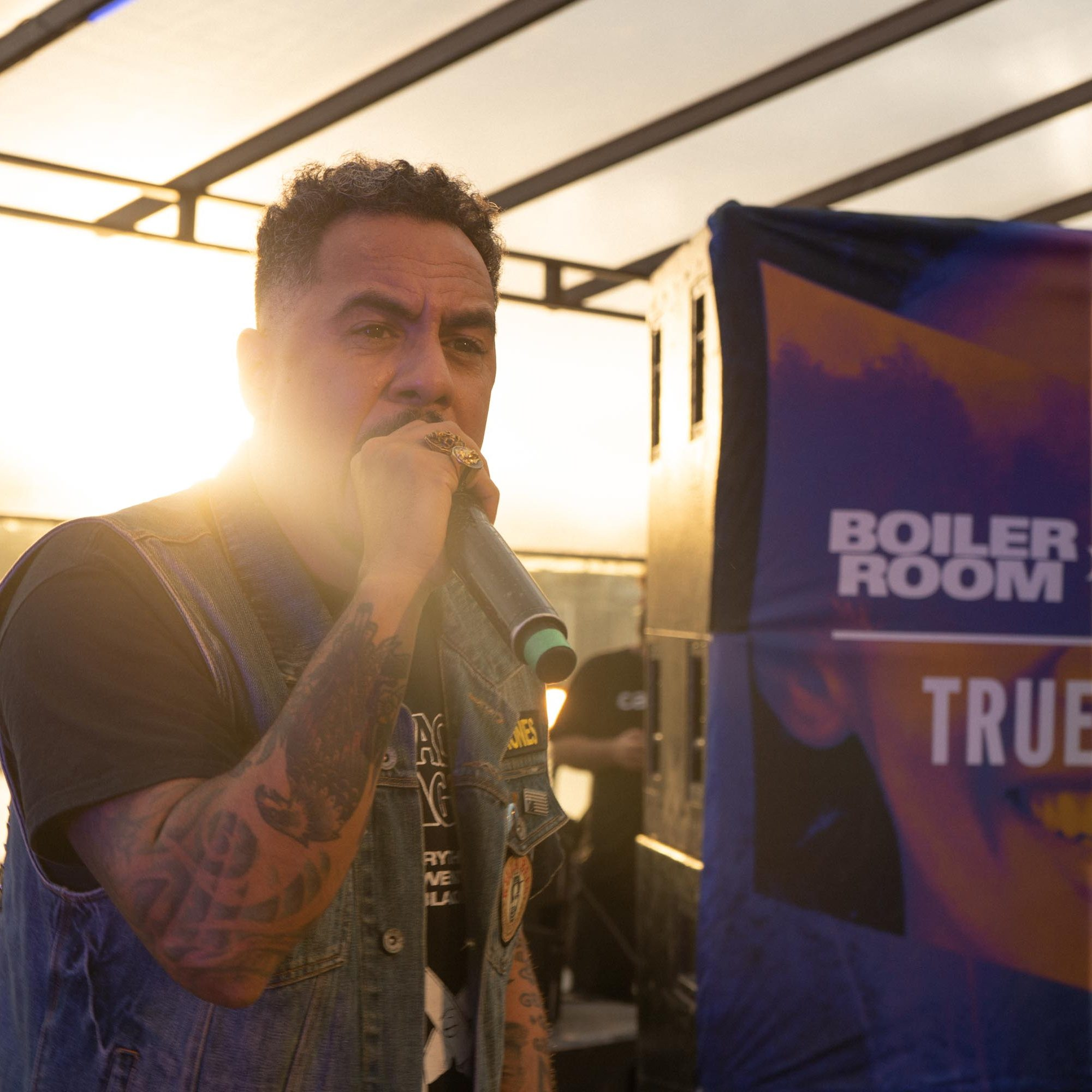Marcelo D2 performing at ballantines in the round brazil